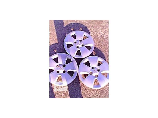 б/у Колеса и шины Колпак на диск Легковой Kia r14- объявление о продаже  в Харькове