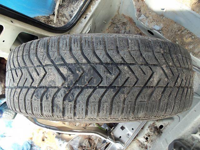 продам б/у Колеса и шины Шины Зимние Pirelli R15 195 65 Легковой бу в Ковеле