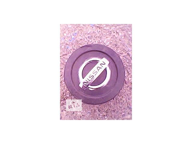 купить бу Б/у колпак на диск для легкового авто Nissan в Харькове