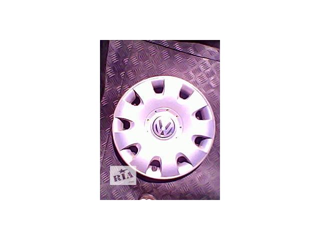 продам Б/у колпак на диск для легкового авто Volkswagen Golf r 15 бу в Харькове