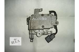 б/у Коммутатор зажигания Honda Accord