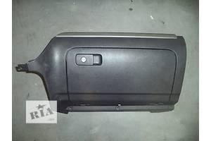 б/у Бардачки Volkswagen Golf VI