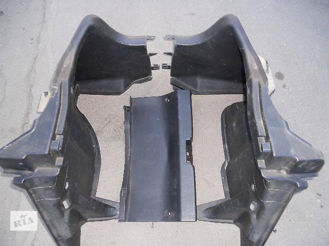 продам б/у Компоненты кузова Карта багажного отсека Легковой Mazda 323F Хэтчбек 1997 бу в Львове