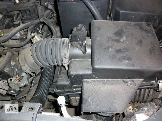купить бу б/у Компоненты кузова Корпус воздушного фильтра Легковой Mazda 6 Седан 2005 в Луцке