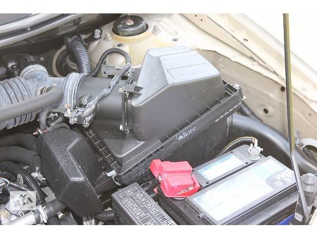 продам б/у Компоненты кузова Корпус воздушного фильтра Легковой Nissan X-Trail 2004 бу в Костополе