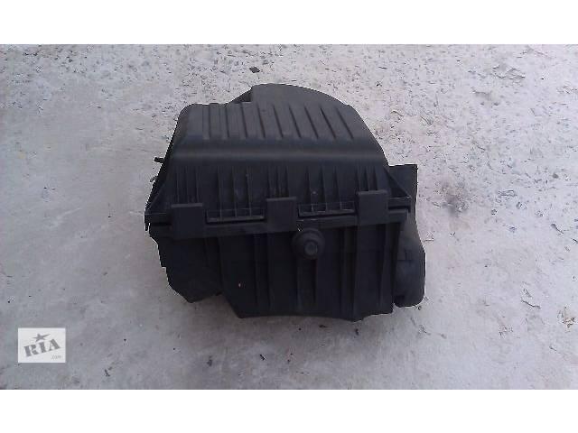бу Б/у корпус воздушного фильтра для легкового авто Volkswagen Sharan 1997 в Костополе