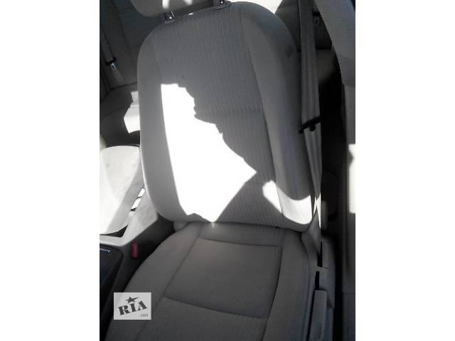 купить бу Б/у Компоненты кузова Салон Легковой Audi A6 Седан 2005 в Львове