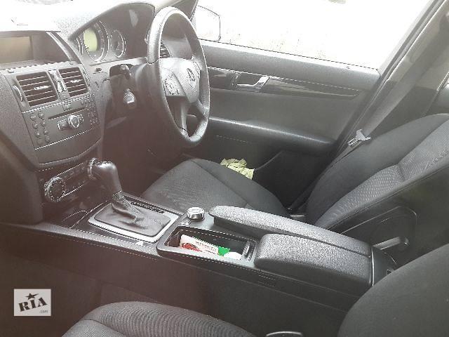 купить бу Б/у Компоненты кузова Салон Легковой Mercedes C-Class 2008 в Львове