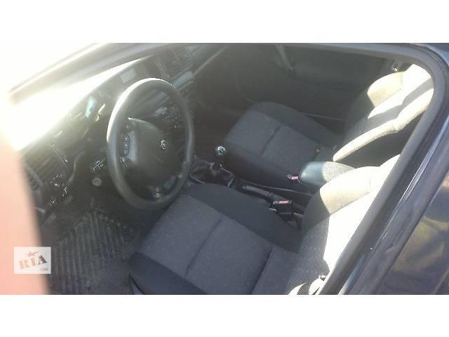 купить бу б/у Компоненты кузова Салон Легковой Opel Vectra 2000 в Любомле