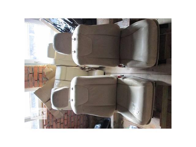 продам б/у Компоненты кузова Сиденье Легковой Lexus RH 2011 бу в Ковеле