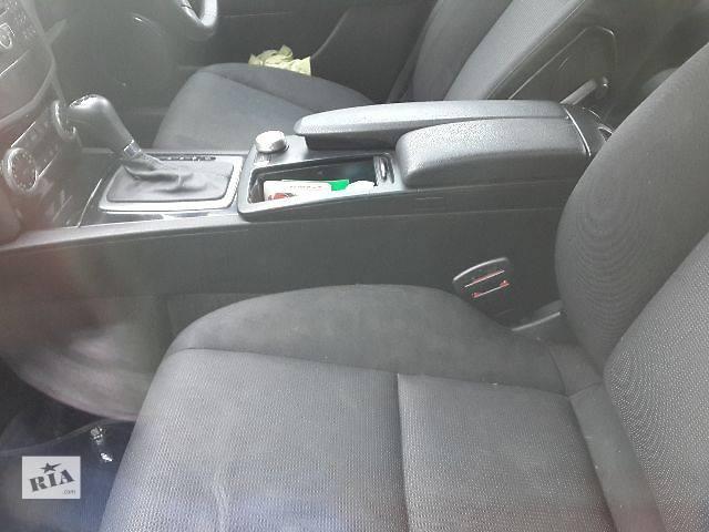 бу Б/у Компоненты кузова Сиденье Легковой Mercedes C-Class 2008 в Львове