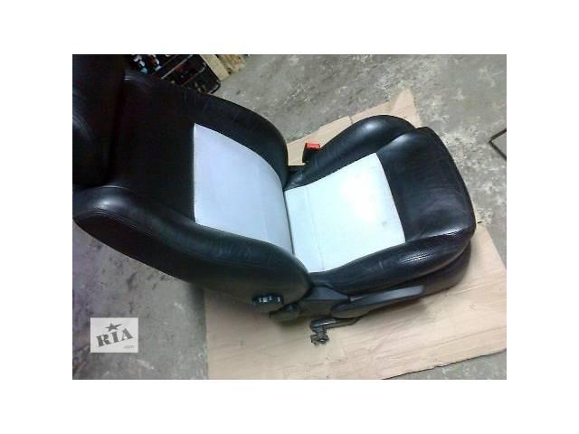 продам б/у Компоненты кузова Сиденье Легковой Skoda Octavia RS 2005 бу в Умани