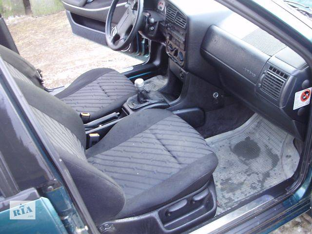 купить бу Б/у Компоненты кузова Сиденье Легковой Volkswagen B4 в Тернополе