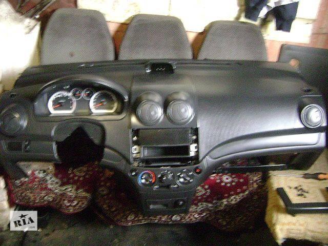 б/у Компоненты кузова Торпедо/накладка Легковой Chevrolet Aveo- объявление о продаже  в Киеве