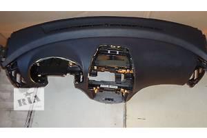 б/у Торпедо/накладка Hyundai Elantra