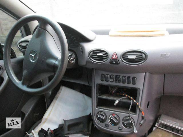 купить бу Б/у Компоненты кузова Торпедо/накладка Легковой Mercedes A-Class 2004 в Ивано-Франковске