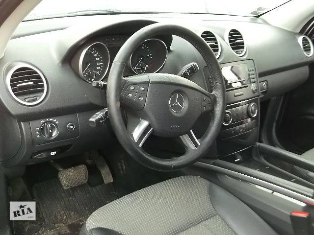 бу Б/у Компоненты кузова Торпедо/накладка Легковой Mercedes ML-Class 2006 в Львове