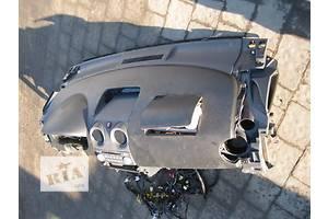 б/у Торпедо/накладка Mitsubishi Colt