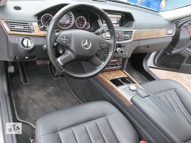 купить бу б/у Компоненты кузова Торпедо/накладка Легковой Седан Mercedes E-Class 2009 в Ивано-Франковске