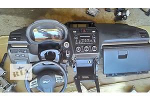 б/у Торпедо/накладка Subaru Forester