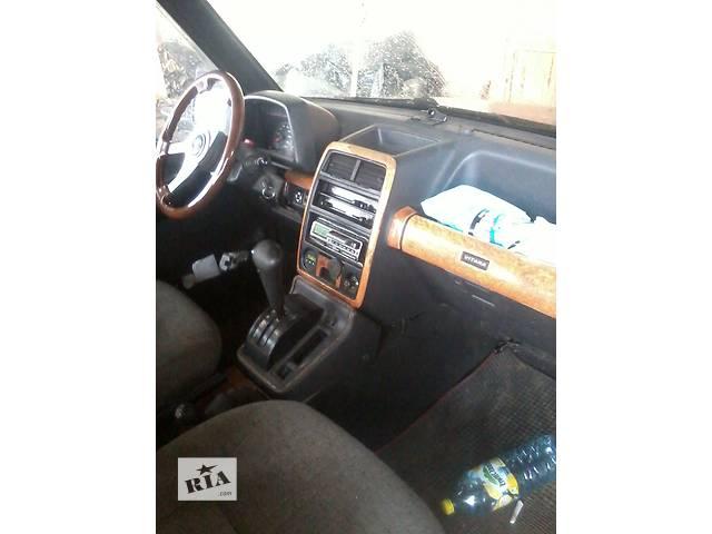 купить бу б/у Компоненты кузова Центральная консоль Легковой Suzuki Vitara 1992 в Николаеве (Львовской обл.)
