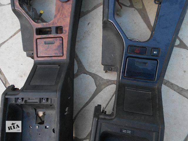 купить бу б/у Компоненты кузова Центральная консоль Центральная консоль Легковой BMW 5 Series 2001 в Ужгороде