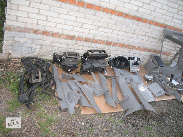 купить бу б/у Компоненты кузова Внутренние компоненты кузова Легковой Subaru Forester 2006 в Луцке