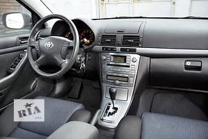 б/у Ковёр салона Toyota Avensis