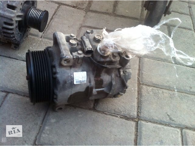купить бу Б/у компрессор кондиционера для универсала Mercedes R 300 2009 в Черновцах