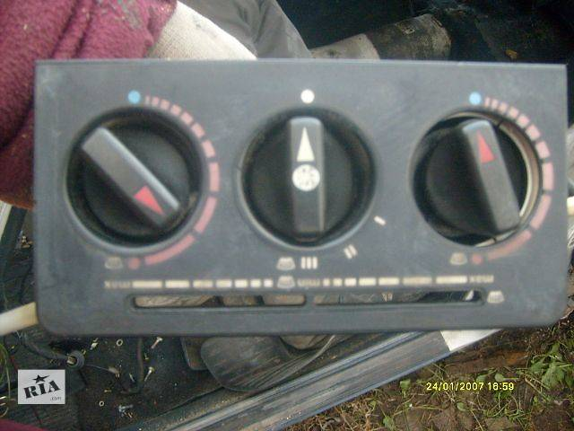 бу б/у Кондиционер, обогреватель, вентиляция Блок управления печкой/климатконтролем Легковой Mercedes 123 1984 в Самборе