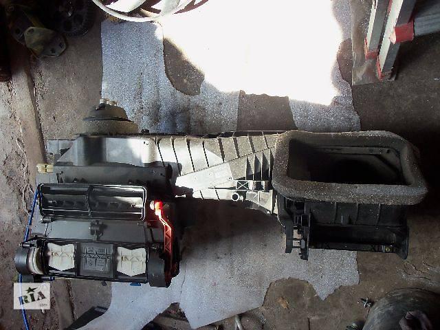 купить бу б/у Кондиционер, обогреватель, вентиляция Корпус печки Легковой Volkswagen Caddy 2005 в Ковеле