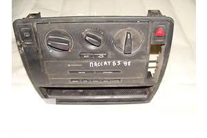б/у Регуляторы оборотов вентилятора печки Volkswagen B5