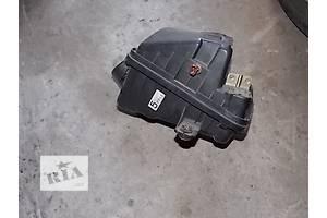 б/у Корпуса воздушного фильтра Mazda 3