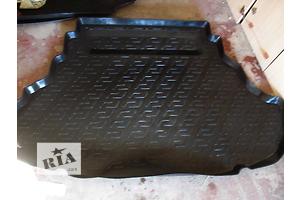 б/у Ковёр багажника Toyota Camry