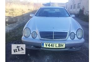 б/у Кронштейн бампера Mercedes CLK-Class