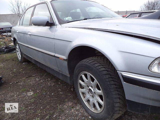 бу Б/у крыло переднее для седана BMW 740 1995 в Киеве