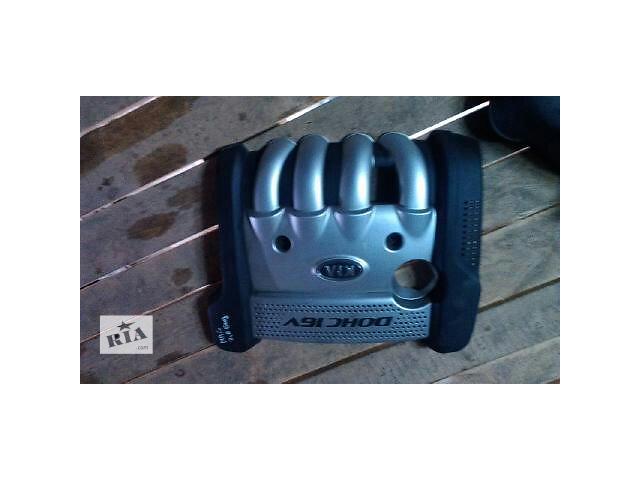 продам Б/у крышка мотора для легкового авто Kia Magentis 2007 бу в Ровно