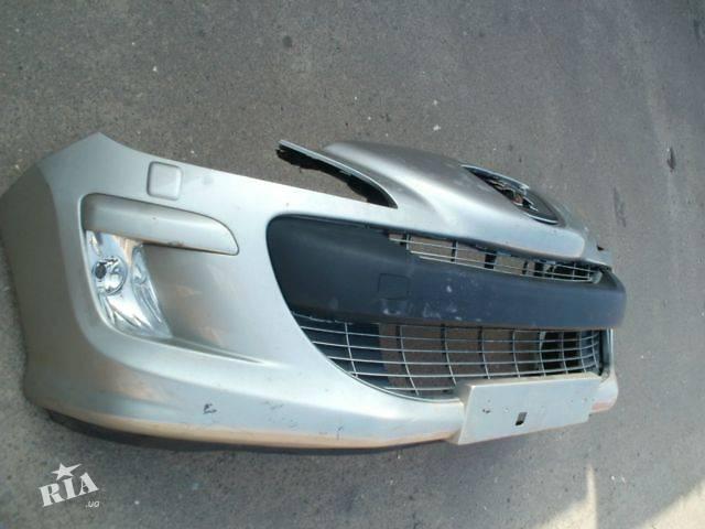 купить бу б/у Кузов Бампер передний Легковой Peugeot 308 Хэтчбек 2009 в Львове