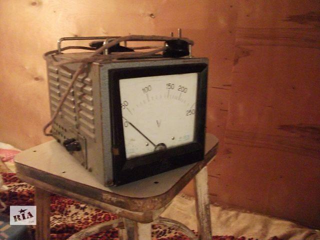 купить бу б/у Лабораторный автотрансформатор 9А с вольтметром в Каневе