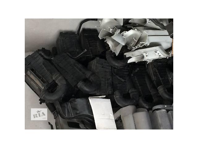 продам б/у Легковой корпус фильтра caddy, golf v, golf plus, jetta,caravella multivan  бу в Львове