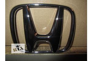 б/у Молдинги решетки радиатора Honda