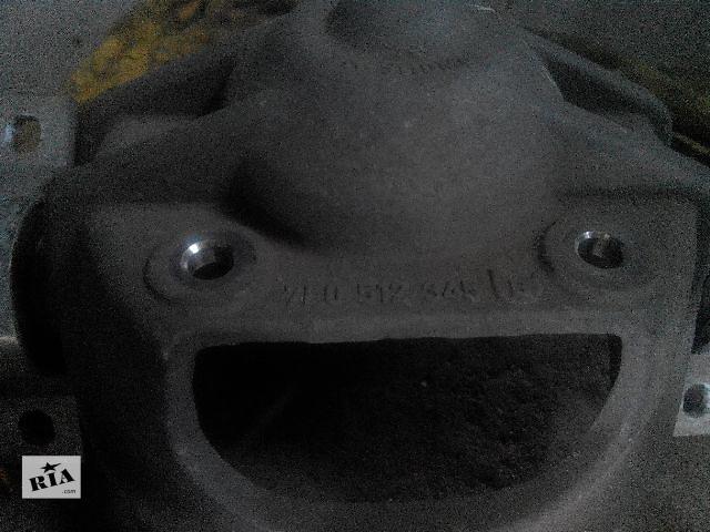 бу Б/у опора амортизатора для легкового авто Audi Q7 2007 в Львове