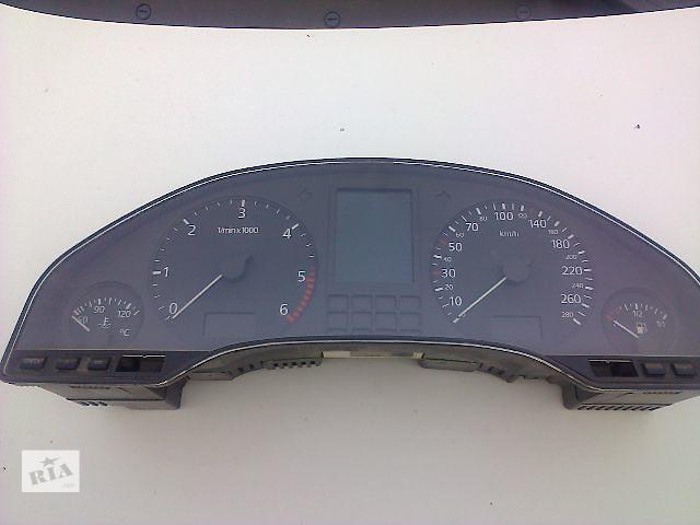 продам Б/у панель приборов/спидометр/тахограф/топограф для седана Audi A8 1998 бу в Жовкве