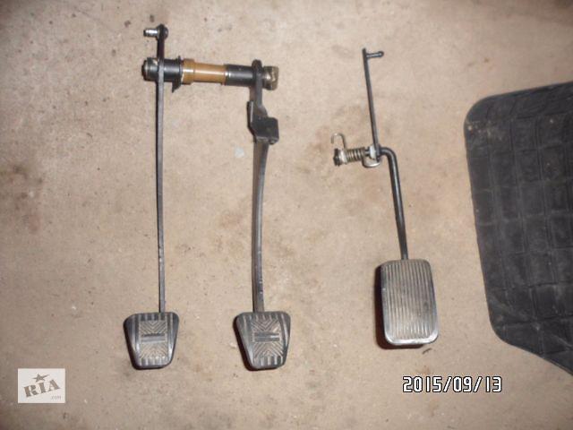 бу Б/у педаль тормоза для легкового авто ВАЗ 2109,ВАЗ 2108,ВАЗ 2114,ВАЗ 2115 в Умани