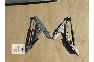 б/у Петля крышки багажника Opel Omega A