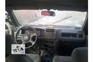б/у Пластик под лобовое стекло Ford Sierra