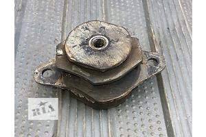 б/у Подушка мотора Fiat Uno