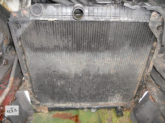 бу Б/у радиатор для грузовика Mercedes 817 в Ковеле