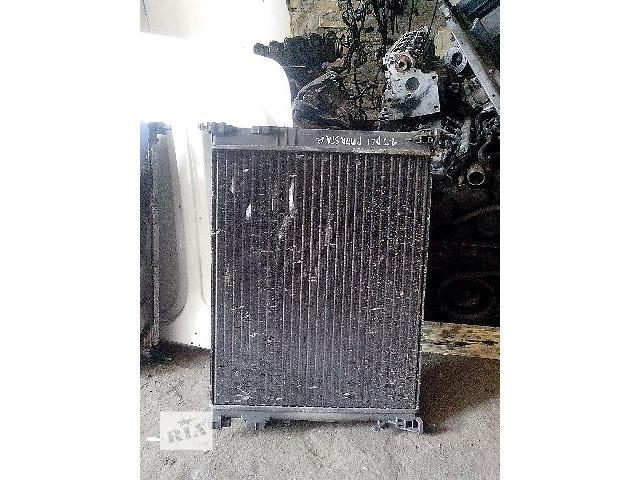 продам Б/у радиатор для легкового авто Renault Trafic 1.9dci бу в Ковеле