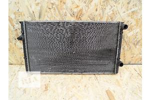 б/у Радиатор Volkswagen Vento